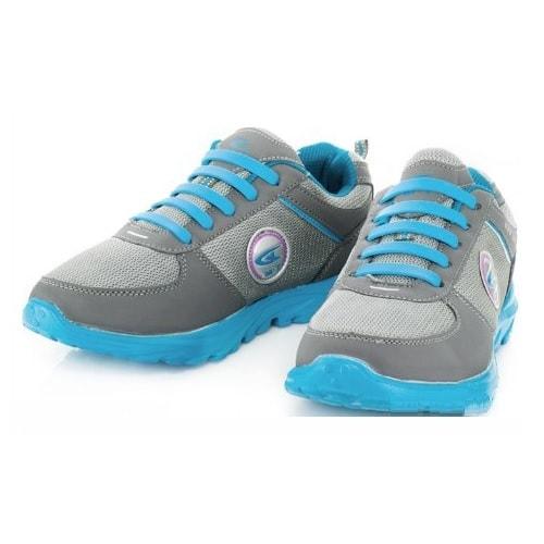 голубые силиконовые шнурки Coolnice на кроссовках